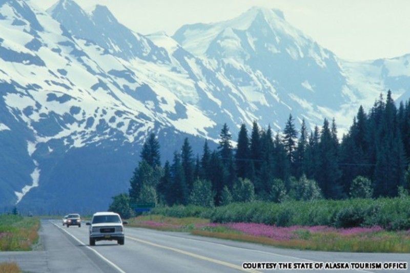 5._The_Alcan_Highway_Canada_e_Alaska_EUA