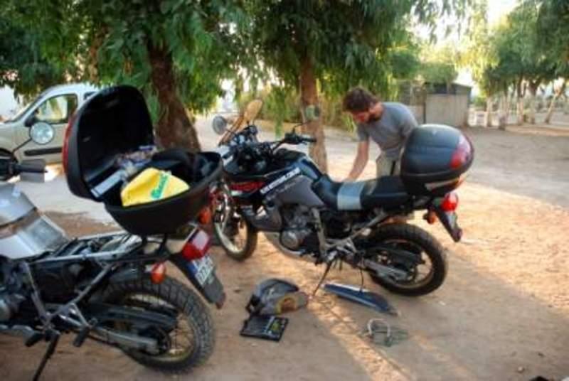 Viagem de moto pela África